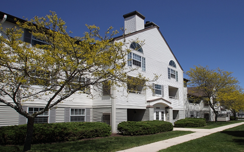 The Falls And Oak Village Apartment Homes